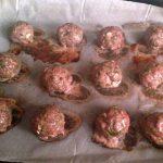 Homemade Spaghetti Squash and Meatballs, Healthier Spaghetti and Meatballs #paleo #glutenfree #healthy #organic