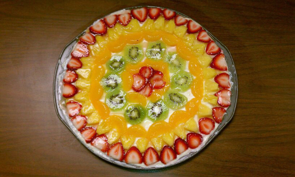 gluten-free dessert fruit pizza