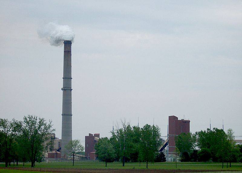 Bloomberg, Sierra Club Partnership Aims to Close Half of U.S. Coal Plants by 2017