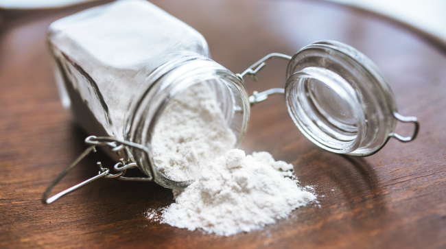 Green Cleaning: Baking Soda and Vinegar