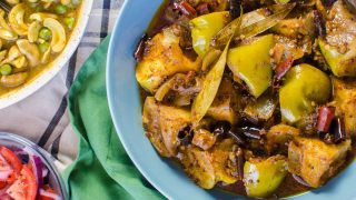 Authentic Spicy Green Apple Curry
